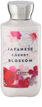 Bath & Body Works Japanese Cherry Blossom Körperlotion für Damen 236 ml