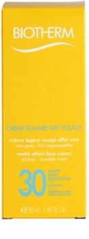 Biotherm Créme Solaire Dry Touch mattító napozó krém az arcra SPF30
