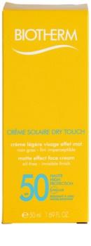 Biotherm Créme Solaire Dry Touch zmatňujúci opaľovací krém na tvár SPF 50