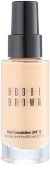 Bobbi Brown Skin Foundation hydratačný make-up SPF 15