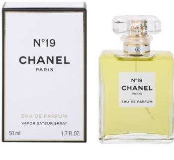 Chanel N°19 parfumska voda z razpršilcem za ženske 50 ml
