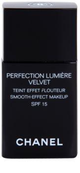 Chanel Perfection Lumière Velvet žametni tekoči puder za mat videz