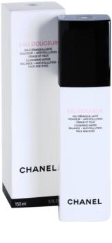 Chanel Cleansers and Toners agua limpiadora para rostro y contorno de ojos