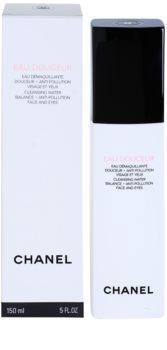 Chanel Cleansers and Toners tisztító víz az arcra és a szem környékére