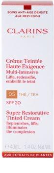 Clarins Super Restorative відновлюючий тональний крем проти зморшок SPF 20