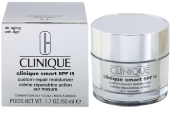 Clinique Clinique Smart crema de día hidratante antiarrugas para pieles grasas SPF 15