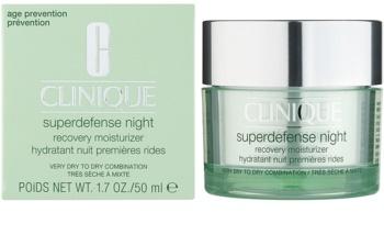 Clinique Superdefense crema de noapte hidratanta impotriva primelor semne de imbatranire ale pielii