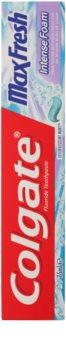 Colgate Max Fresh Intense Foam dentifrice pour des dents parfaitement nettoyées