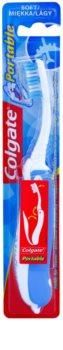Colgate Portable skladacia cestovná zubná kefka soft