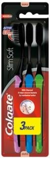 Colgate Slim Soft Active Periuțe de dinți moi cu cărbune activ 3 pc
