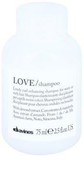 Davines Love Almond champô para cabelo ondulado