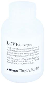 Davines Love Almond Shampoo  voor Krullend Haar