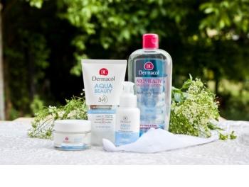 Dermacol Aqua Beauty apa pentru curatare cu particule micele pentru piele tanara