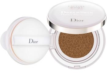 Dior Capture Totale Dream Skin μεικ απ σε σφουγγαράκι SPF 50