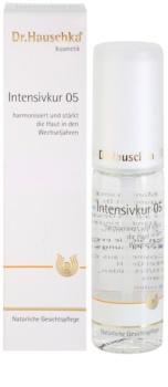 Dr. Hauschka Facial Care cure intense pour peaux pendant la ménopause
