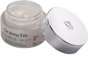 Dr Irena Eris Clinic Way 2° crema de zi anti rid pentru regenerare si fermitate SPF 20