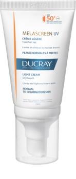Ducray Melascreen könnyű napozó krém a pigmentfoltok ellen SPF 50+