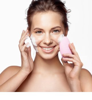 FOREO Luna™ 2 Perie pentru curatare pentru piele cu efect antirid