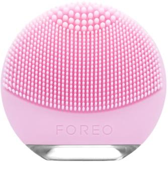 FOREO Luna™ Go Perie pentru curatare pentru piele pachet pentru calatorie