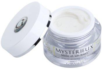 Garancia Mysterious dnevna lifting krema za učvrstitev kože proti staranju kože