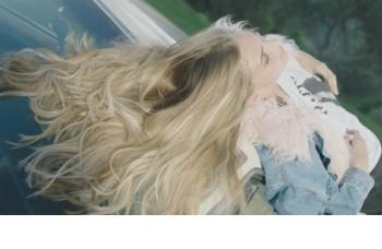 Garnier Fructis Macadamia Hair Food vyhlazující maska pro nepoddajné vlasy