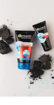 Garnier Pure Active máscara em filme com carvão ativo contra os pontos negros