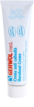 Gehwol Med crema intensiv hidratanta pe pielea fierbinte