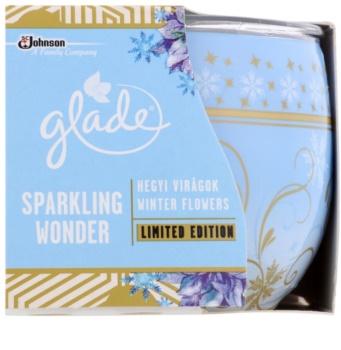 Glade Winter Flowers świeczka zapachowa  120 g
