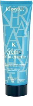 Kérastase K Crème de la Crème anti-frizz a cuidado de fixação média antes da secagem