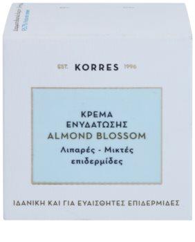 Korres Almond Blossom Feuchtigkeitscreme für fettige und Mischhaut