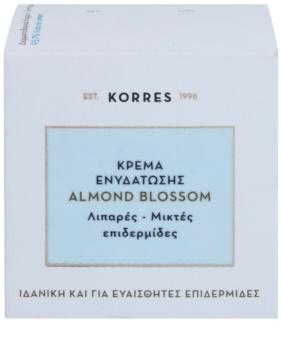 Korres Face Almond Blossom Feuchtigkeitscreme für fettige und Mischhaut