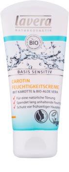 Lavera Basis Sensitiv crema tonifianta pentru un look natural