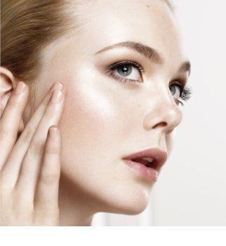 L'Oréal Paris Wake Up & Glow Glow Mon Amour rozjasňovač