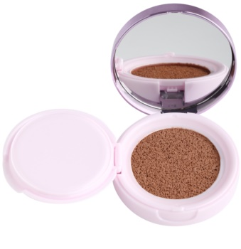 L'Oréal Paris Nude Magique Cushion burete cu fond de ten iluminator