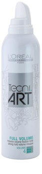 L'Oréal Professionnel Tecni Art Volume pena so silnou fixáciou pre objem