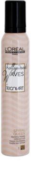 L'Oréal Professionnel Tecni Art Hollywood Waves spuma  pentru bucle flexibile
