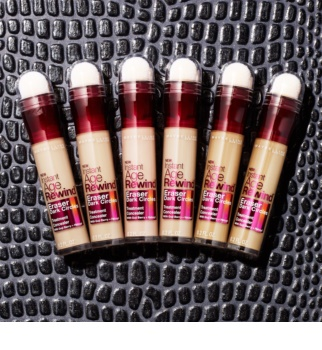 Maybelline Age Rewind Liquid Concealer with a Sponge Applicator