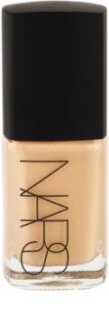 Nars Make-up maquillaje líquido para iluminar la piel