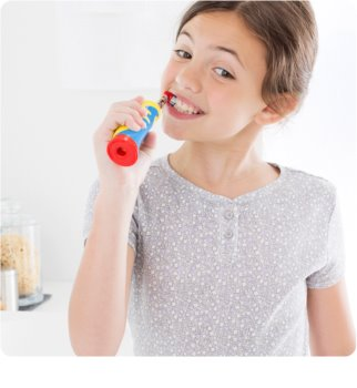 Oral B Stages Power Frozen D12.513K brosse à dents électrique avec étui