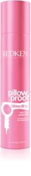 Redken Pillow Proof Blow Dry suchý šampon pro absorpci přebytečného mazu a pro osvěžení vlasů