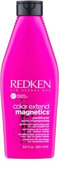 Redken Color Extend Magnetics gyengéd kondicionáló szulfátok nélkül festett hajra