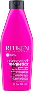 Redken Color Extend Magnetics jemný kondicionér bez sulfátov pre farbené vlasy