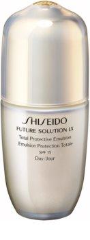 Shiseido Future Solution LX Total Protective Emulsion SPF15 emulsja ochronna na dzień SPF 15