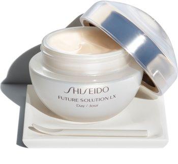 Shiseido Future Solution LX Total Protective Cream Luxuriöse multifunktionale Premium-Tagespflege