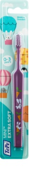 TePe Mini Illustration Kinder Tandenborstel met Kleine Smalle Borstel  Extra Soft