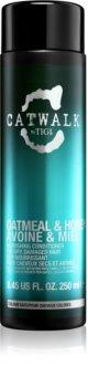 TIGI Catwalk Oatmeal & Honey vyživující kondicionér pro suché a poškozené vlasy
