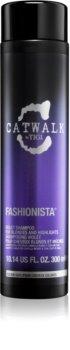 TIGI Catwalk Fashionista shampoing violet pour cheveux blonds et méchés