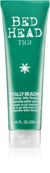 TIGI Bed Head Totally Beachin szampon oczyszczający do włosów narażonych na szkodliwe działanie promieni słonecznych