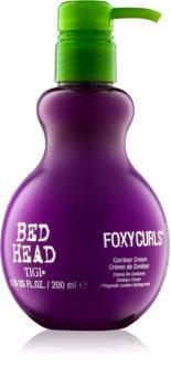 TIGI Bed Head Foxy Curls ošetrujúci a tužiaci krém pre definíciu vĺn