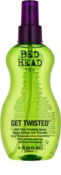 TIGI Bed Head Get Twisted fiksacijsko pršilo za končno oblikovanje proti krepastim lasem